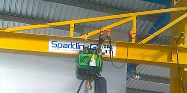 Column mounting crane - Sparkline Equipments